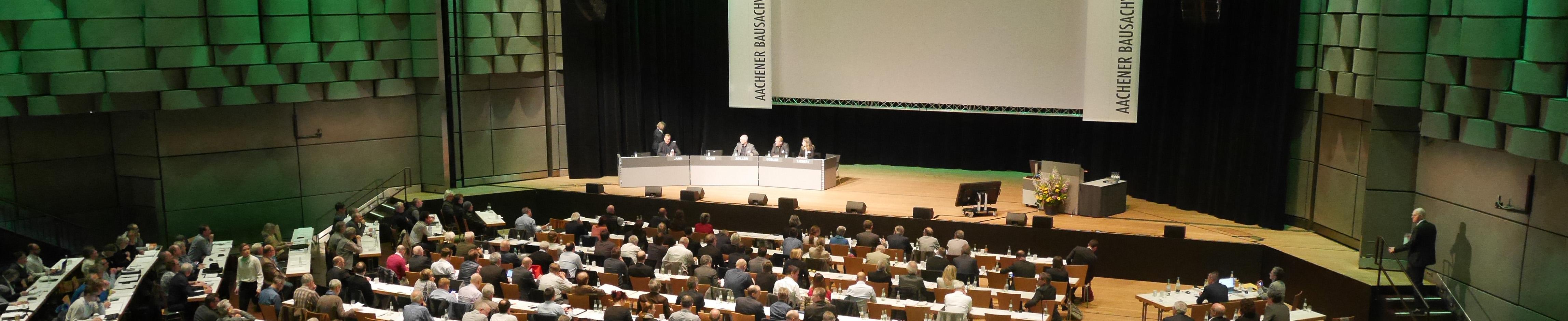Aachener Bausachverständigentage Vortrag Innenraum Eurogress schmal